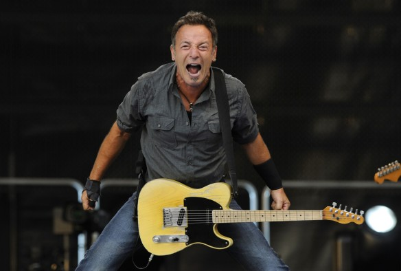 Springsteen yelling at his fans for not liking him enough