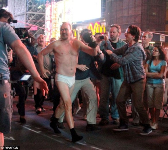 Coming through people, I gotta a package here. Michael Keaton from Birdman, walking down Broadway in his undies