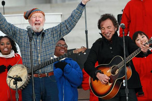 Bruce-Springsteen-Pete-Seeger-Justin-Sullivan